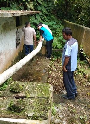 Kunjungan Direktur Utama PDAM Tirtauli Ke umbul Naga Huta